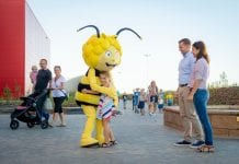 Majaland Kownaty welcome from Maja the Bee