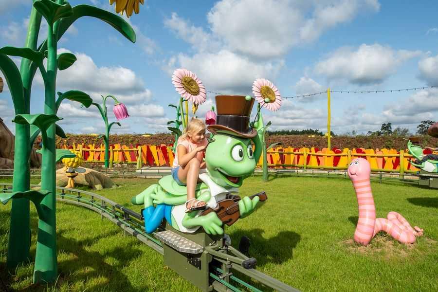Majaland Kownaty Grasshopper ride