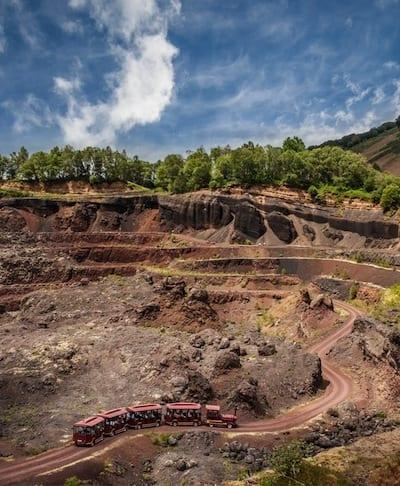 Volcan-de-Lemptégy-train