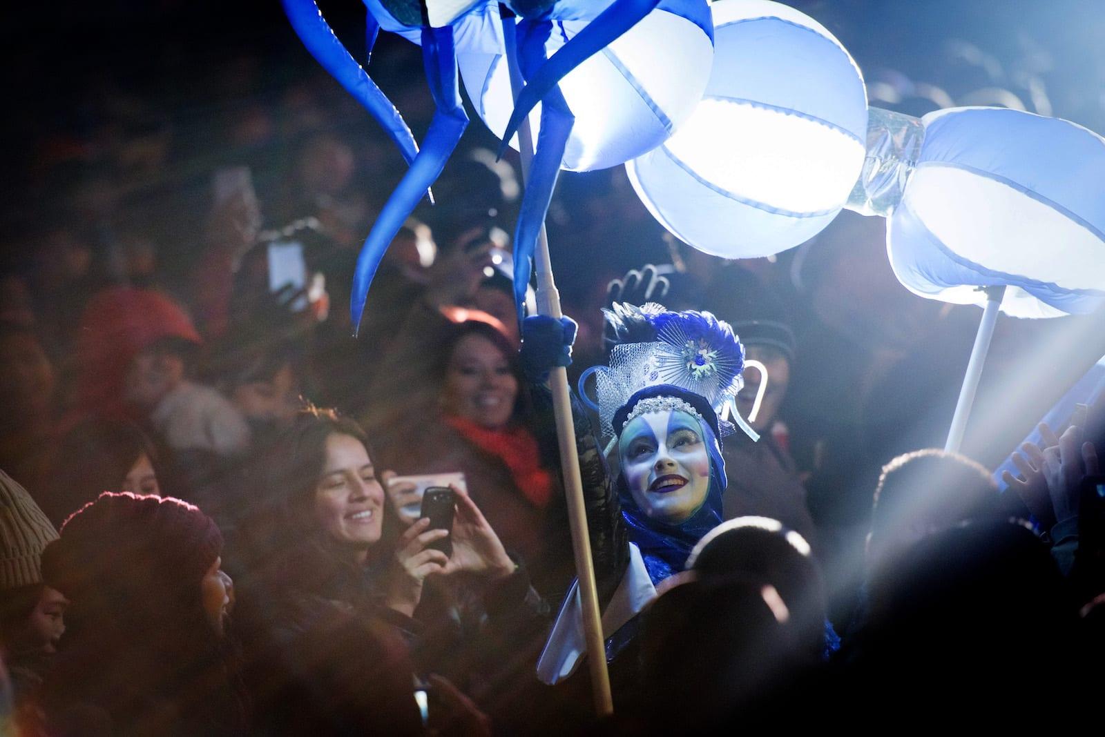 Creativiva -Illuminite toronto lantern performer
