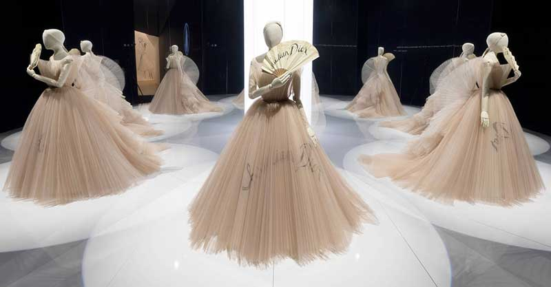 D Exhibition In Dubai : V a exhibition celebrates christian dior blooloop