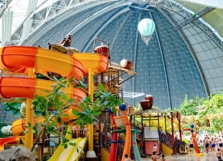 Tropical_Islands_Resort_Germany-Polin-water-play-structure