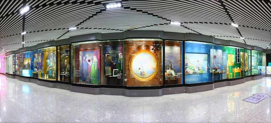 National Gallery Shanghai Metro Exhibition overview