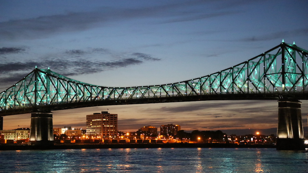 Montreal's Jacques Cartier Bridge realisations montreal public illumination