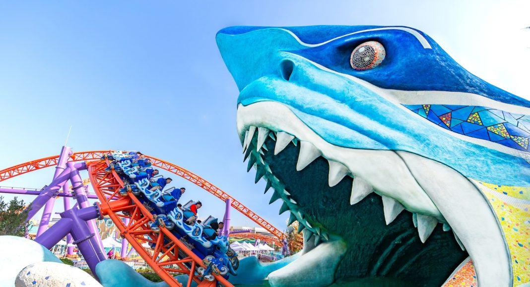 Shanghai-Haichang-Ocean-Park_launch-coaster-sharks-head