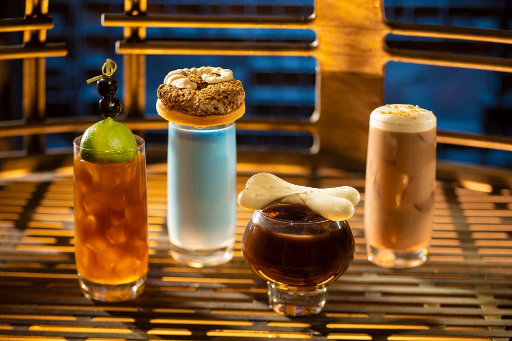 Oga's Cantina drinks star wars galaxys edge food and drink