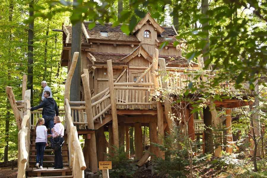 Erlebnispark Tripsdrill Tree House Baumhaus Robinienheim