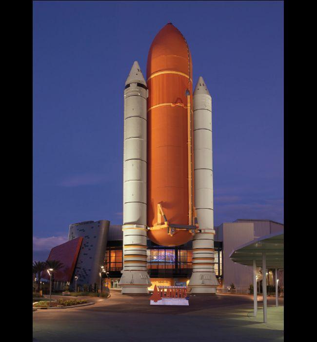 Lexington Companies of Nassal Space Shuttle Atlantis Rocket