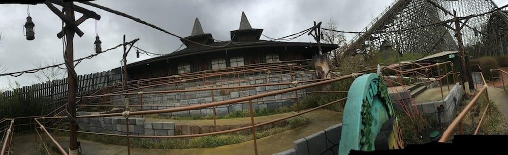 Colossos_Kampf_der-_Giganten-Heide-Park-2019-queueline