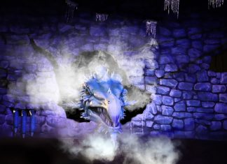 Themebuilders Ice Dragon Toverland