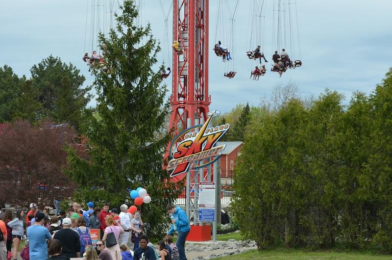 Six-Flags-Darien-Lake-SkyScreamer-bottom