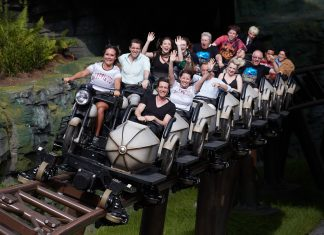 Hogsmeade Hagrid's Magical Creatures Motorbike Adventure, story coaster