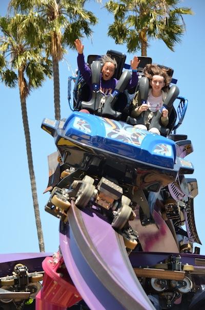 Tidal-Twister-SeaWorld-San-Diego_riders