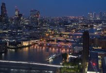 london bridges illuminated river