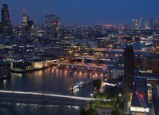 london bridges illuminated river