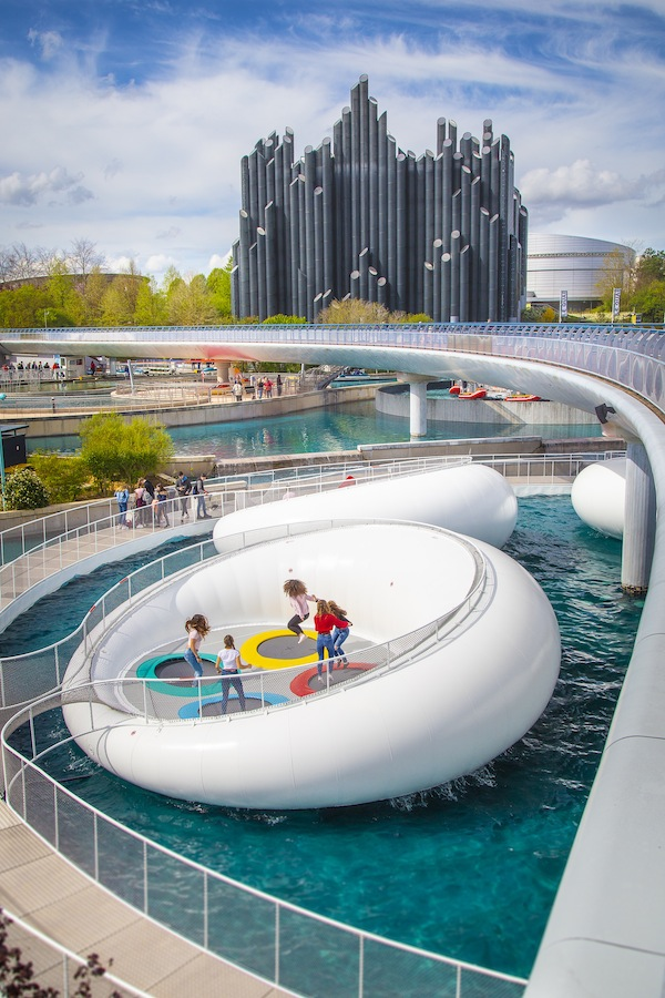 Futuroscope_Futuroplis_Le_Stadium_Aqualympique Family Rides Europe 2019
