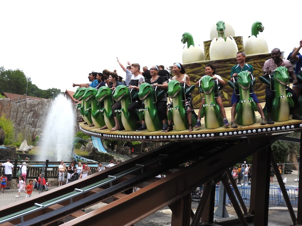 Parc St Paul Dino Disko Family Rides Europe 2019