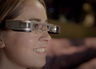 smart caption glasses