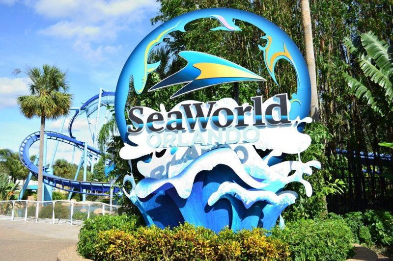 SeaWorld Orlando sign