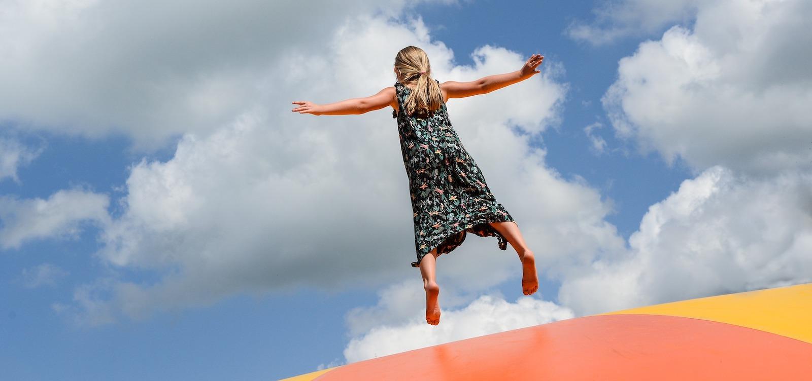ROLLER trampoline park