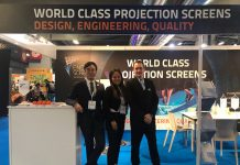 Endurescreens IAAPA Paris team