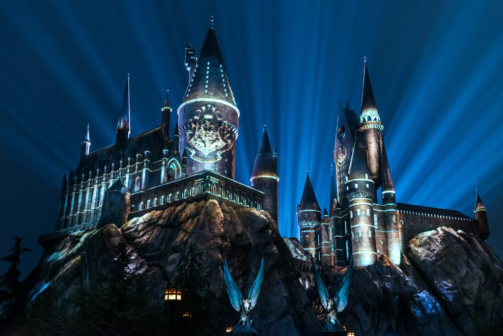 Nighttime lights at Hogwarts Castle, Universal Orlando