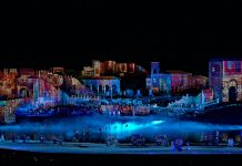 Christie Puy de Fou night projection show