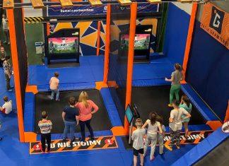 valo motion super stomp trampoline game