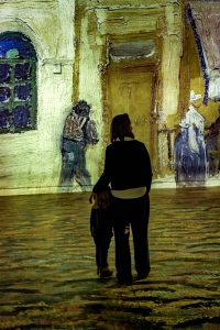 Atelier des Lumières Van Gogh exhibition mother and child