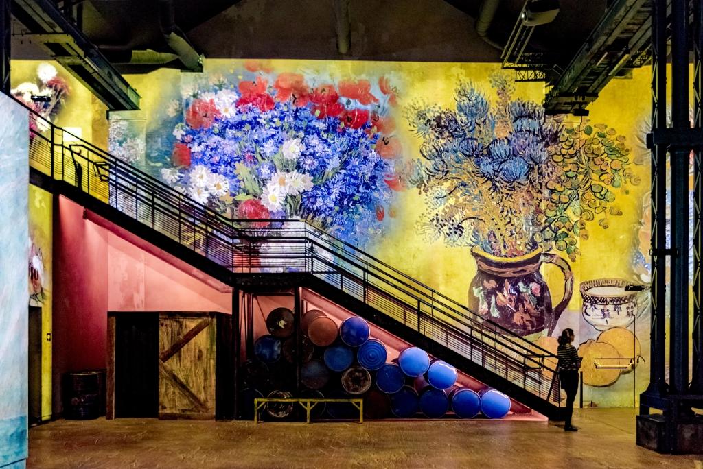 Atelier des Lumières Van Gogh exhibition staircase