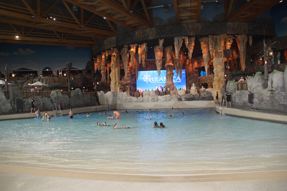 Rulantica wave pool